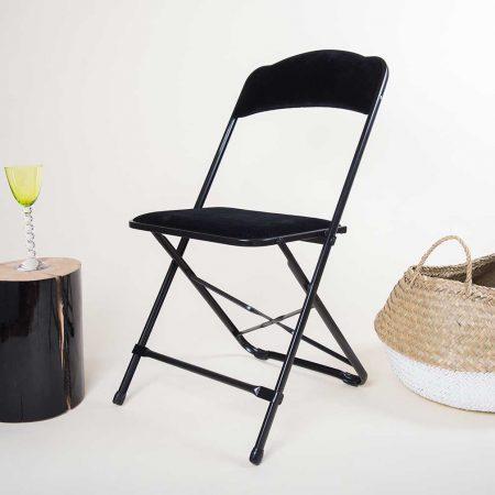 Chaise pliante en velours noir